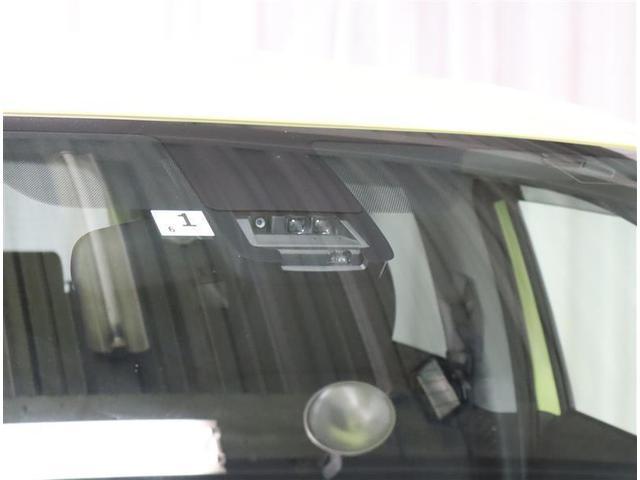 X ワンセグ メモリーナビ ミュージックプレイヤー接続可 衝突被害軽減システム 電動スライドドア ウオークスルー 乗車定員7人 3列シート ワンオーナー アイドリングストップ(18枚目)