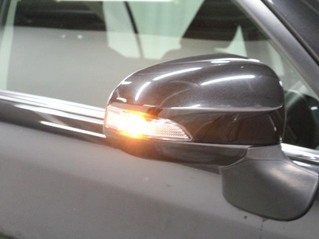 デザイン性だけでなく、ドライバーの巻き込み防止など安全運転をサポート致します!周囲からの視認性にも優れていて安心です!