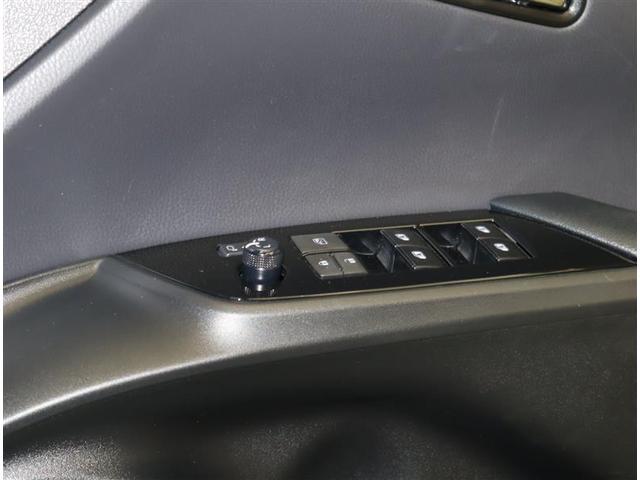 Sセーフティプラス トヨタ認定中古車 T-Connecナビ  フルセグ DVD再生 バックカメラ 衝突被害軽減システム ETC LEDヘッドランプ ワンオーナー 記録簿ペダル踏み間違い時加速抑制装置 クルーズコントロール(17枚目)
