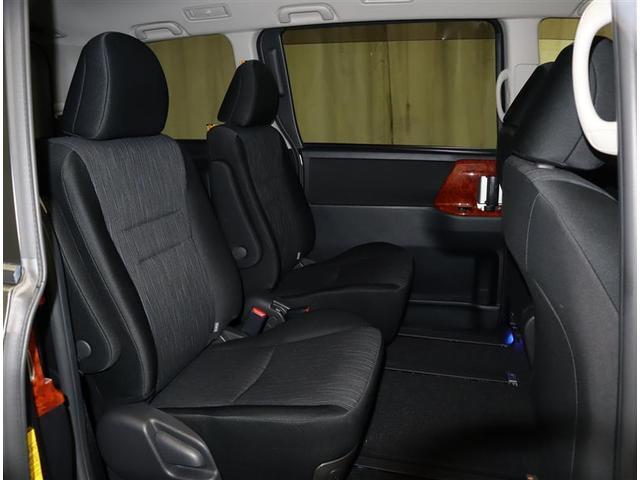 Si フルセグ メモリーナビ DVD再生 ミュージックプレイヤー接続可 バックカメラ ETC 両側電動スライド HIDヘッドライト ウオークスルー 乗車定員7人 3列シート ワンオーナー フルエアロ(9枚目)