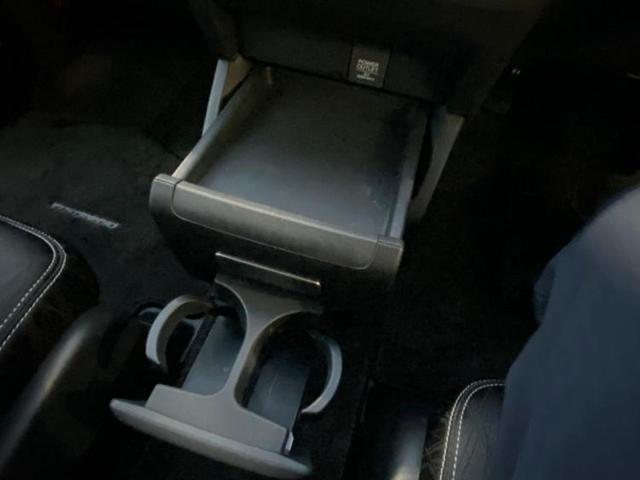アブソルート 社外 8インチ HDDナビ/フリップダウンモニター 社外 10.1インチ/ヘッドランプ LED/ETC/EBD付ABS/横滑り防止装置/アイドリングストップ/TV/エアバッグ 運転席 バックカメラ(18枚目)