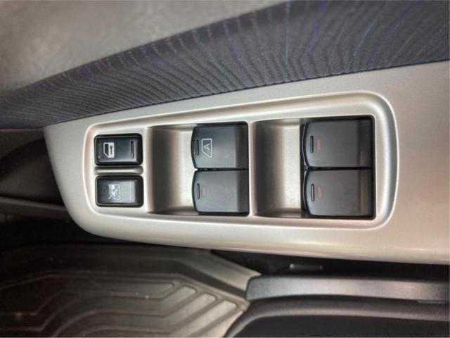 2.0GT 社外 7インチ メモリーナビ/シート ハーフレザー/ヘッドランプ HID/ETC/EBD付ABS/TV/エアバッグ 運転席/エアバッグ 助手席/アルミホイール/パワーウインドウ/オートエアコン 4WD(16枚目)