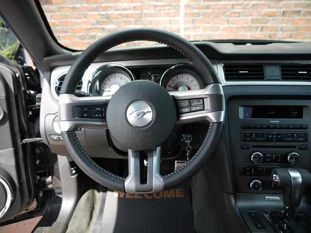V8 GT プレミアム 2012年モデル ブラウン革 記録簿(18枚目)