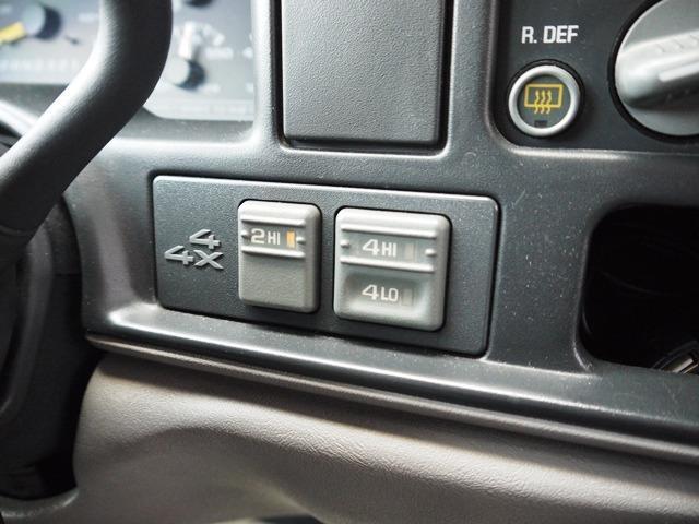 「シボレー」「シボレータホスポーツ」「SUV・クロカン」「兵庫県」の中古車13
