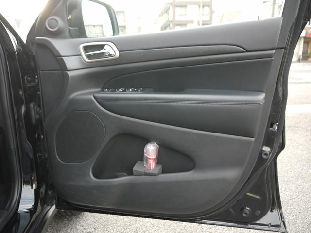 「その他」「ジープグランドチェロキー」「SUV・クロカン」「兵庫県」の中古車14
