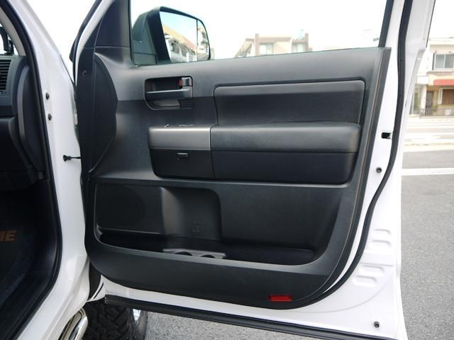 「その他」「タンドラ」「SUV・クロカン」「兵庫県」の中古車24