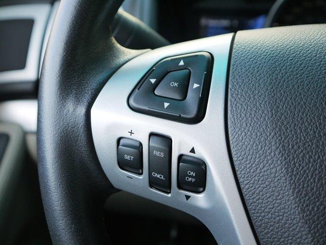 XLT エコブースト 正規ディーラー車 3列シート レザーシート シートヒーター パワーシート サイドステップ フロント/サイド/リアカメラ オートエアコン 純正18インチアルミ(13枚目)