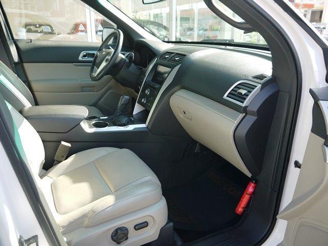 XLT エコブースト 正規ディーラー車 3列シート レザーシート シートヒーター パワーシート サイドステップ フロント/サイド/リアカメラ オートエアコン 純正18インチアルミ(30枚目)