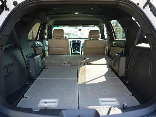 XLT エコブースト 正規ディーラー車 3列シート レザーシート シートヒーター パワーシート サイドステップ フロント/サイド/リアカメラ オートエアコン 純正18インチアルミ(37枚目)