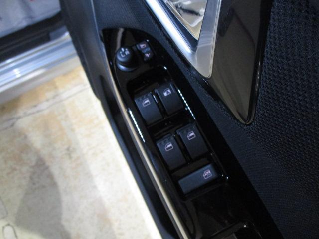 カスタム RS ハイパーリミテッドSAIII ターボ車 スマートアシストIII TFTマルチインフォディスプレイキーフリーシステム アルミホイール LEDヘッドライト フォグランプ(34枚目)