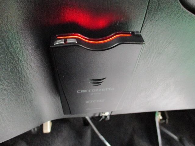 クロスアドベンチャーXC 5MT ワンオーナー レザーシート ヘッドライトレベライザー リアワイパー キーレス バニティミラー シートヒーター 16インチアルミホイール リア分割可倒シート ウインカーミラー ターボエンジン(10枚目)