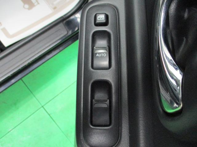 クロスアドベンチャーXC 5MT ワンオーナー レザーシート ヘッドライトレベライザー リアワイパー キーレス バニティミラー シートヒーター 16インチアルミホイール リア分割可倒シート ウインカーミラー ターボエンジン(15枚目)