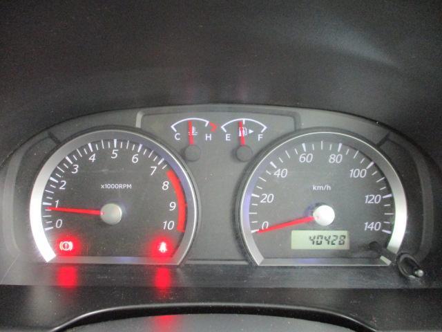 クロスアドベンチャーXC 5MT ワンオーナー レザーシート ヘッドライトレベライザー リアワイパー キーレス バニティミラー シートヒーター 16インチアルミホイール リア分割可倒シート ウインカーミラー ターボエンジン(18枚目)