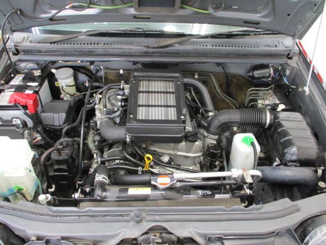 クロスアドベンチャーXC 5MT ワンオーナー レザーシート ヘッドライトレベライザー リアワイパー キーレス バニティミラー シートヒーター 16インチアルミホイール リア分割可倒シート ウインカーミラー ターボエンジン(22枚目)