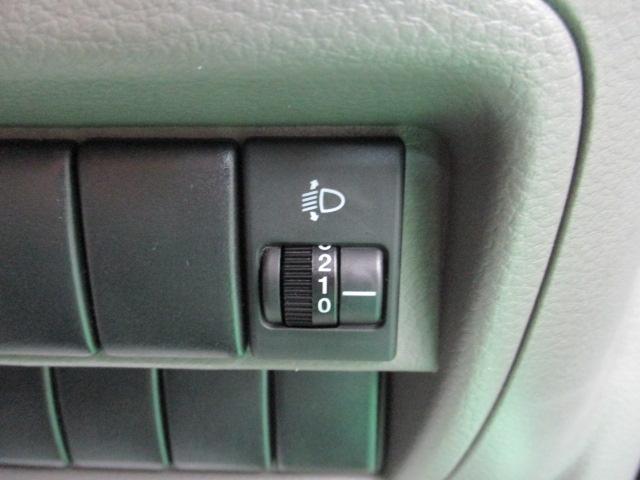 ジョインターボ HDDナビ CD ABS車 ターボ MD ミュージックサーバー リアワイパー キーレス ヘッドライトレベライザー 電動格納ミラー ルーフコンソールボックス プライバシーガラス セキュリティアラーム(16枚目)