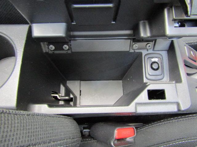 ローブ SDナビ フルセグ ETC ステアリングスイッチ オートエアコン スマートキー プッシュスタート アイドリングストップ シートヒーター チルトステア LEDヘッド アルミホイール(24枚目)