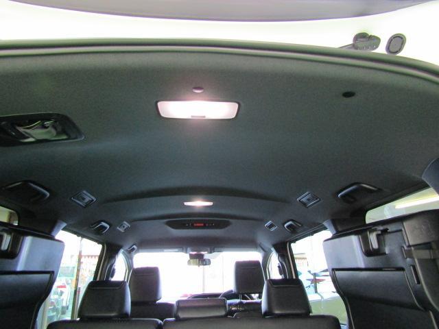 ZS 煌III LEDヘッドライト アイドリングストップ 両側パワースライドドア ライト付バニティミラー ABS ハーフレザーシート チルトステアリング シートリフター オートリトラミラー 16インチアルミ(32枚目)