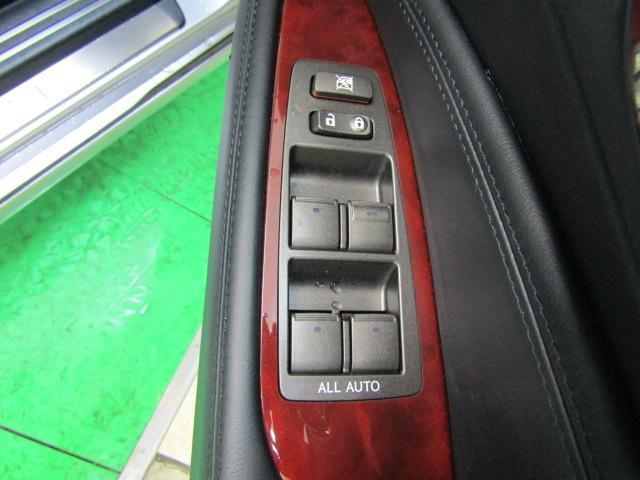 LS460 バージョンS イージークローズドア ステアリングスイッチ CD パワートランク レクサスプレミアムサウンド ウッドコンビハンドル シートヒーター シートエアコン オートリトラミラー 19インチアルミホイール PCS(27枚目)