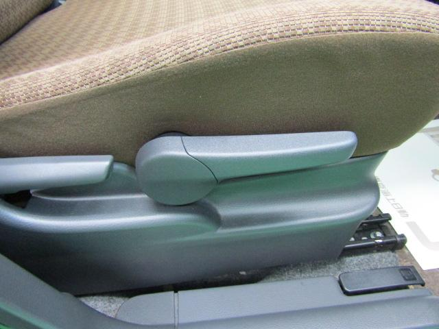 X セキュリティアラーム ウインカーミラー プライバシーガラス ライト付バニティミラー シートリフター 電動格納ミラー スマートキー プッシュスタート ヘッドライトレベライザー ABS ブルートゥース(20枚目)