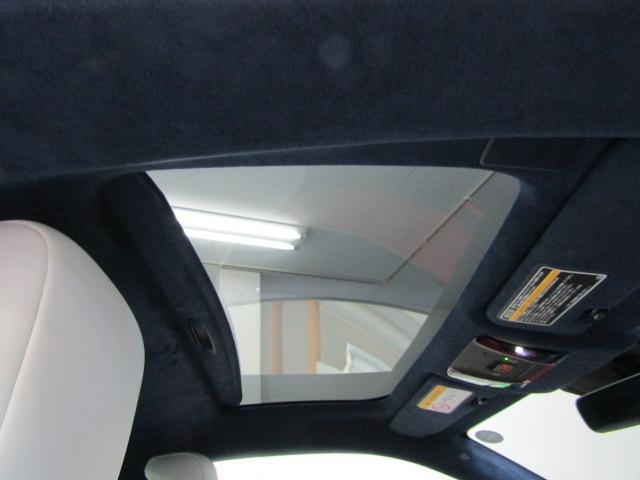 LC500 Lパッケージ ガラスルーフ パワーシート ETC オートリトラミラー 21インチアセーフティプラス ステアリングスイッチ パドルシフト HUD プッシュスタート  フルセグ ブルーレイ バックカメラ ABS(25枚目)
