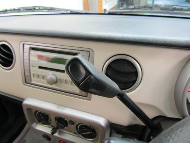 L ワンオーナー キーレス ヘッドライトレベライザー ABS 電動格納ミラー ベンチシート バニティミラー シートリフター 13インチアルミホイール プライバシーガラス パワーウィンドウ Wエアバック(20枚目)