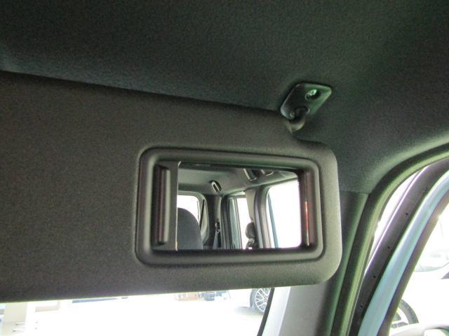 G ワンオーナー フルセグ メモリーナビ ブルートゥース ミュージックサーバー ABS 衝突軽減ブレーキ セキュリティアラーム 15インチアルミ プライバシーガラス アイドリングストップ オートエアコン(24枚目)
