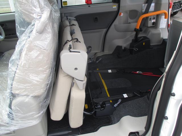 車椅子ごと乗れるタントスローパーです☆