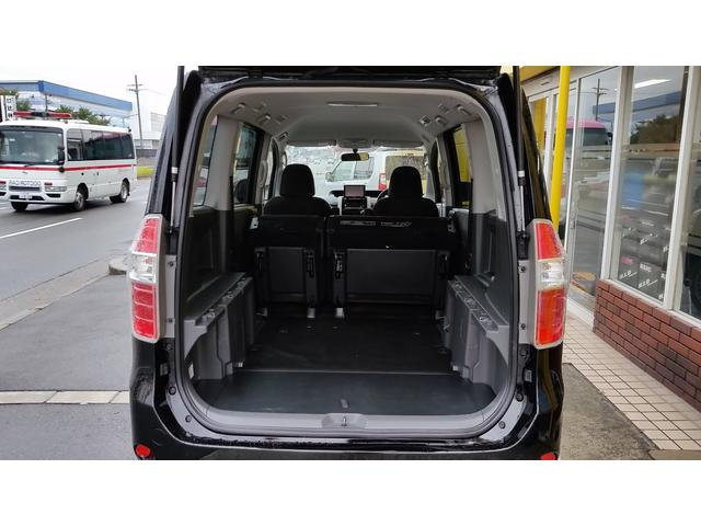 トヨタ ノア YY 両側電動スライド 社外HDDナビ オリジナルベッドキト