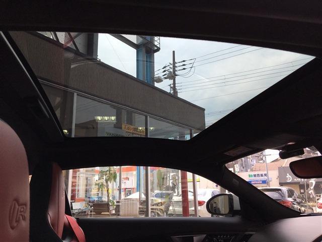 Rクーペ AWD パノラマルーフ プレミアムレザー(12枚目)