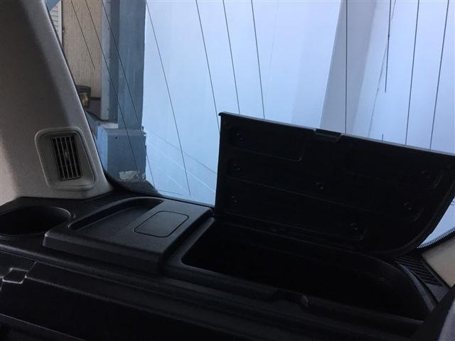 「ランドローバー」「ランドローバー ディスカバリー3」「SUV・クロカン」「大阪府」の中古車7