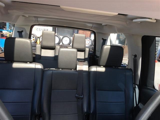 「ランドローバー」「ランドローバー ディスカバリー3」「SUV・クロカン」「大阪府」の中古車13