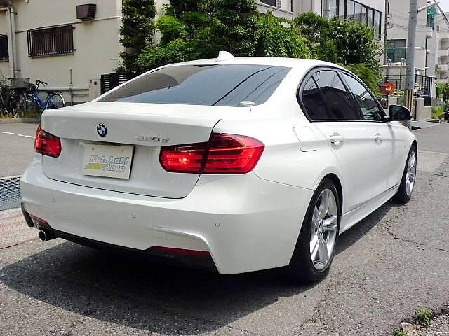 BMW BMW 320d Mスポーツ 当店デモカー 新車保証