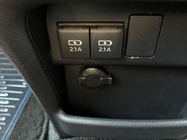 ハイブリッドZS 煌 ロングラン保証 フルセグ メモリーナビ バックカメラ DVD再生 衝突被害軽減システム 両側電動スライド LEDヘッドランプ 乗車定員7人 3列シート ワンオーナー シートヒーター(17枚目)