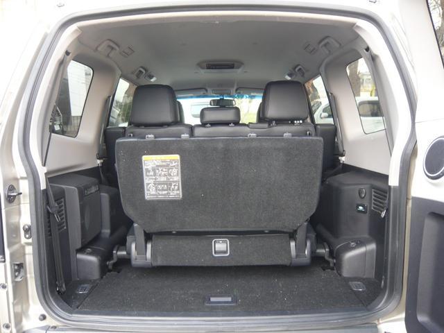 ラゲッジスペースは、サードシート使用でも日常の買い物等の荷物は積載可能です