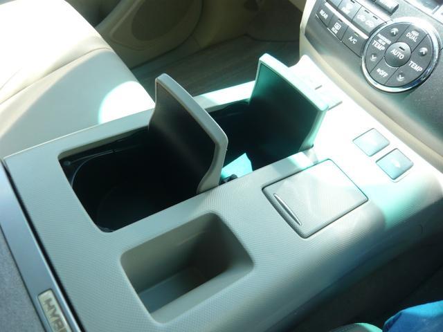 G レザーパッケージ メーカーHDDナビ地デジTV F・S・Rカメラ 電動格納サードシート 両側パワースライドドア パワーバックドア(41枚目)