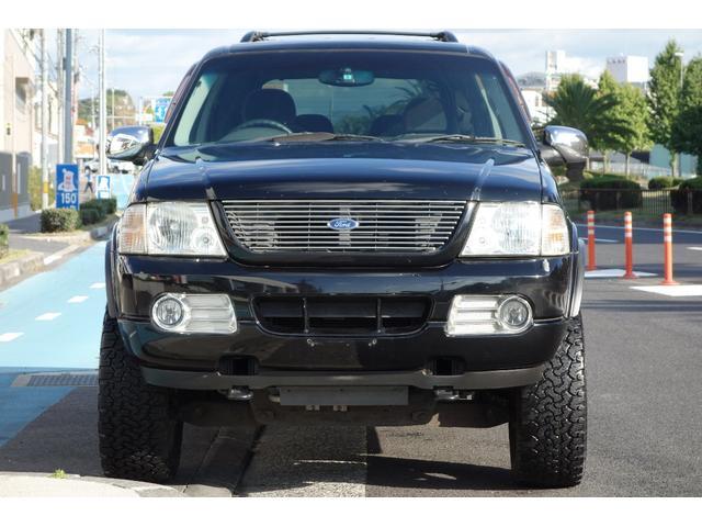 フォード フォード エクスプローラー XLT  4inリフトアップ トラフィックスター20in
