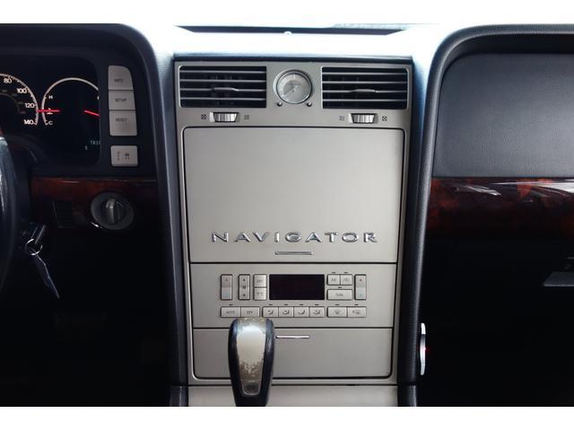 「リンカーン」「リンカーン ナビゲーター」「SUV・クロカン」「大阪府」の中古車31