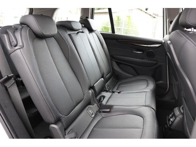 「BMW」「BMW」「ミニバン・ワンボックス」「大阪府」の中古車16