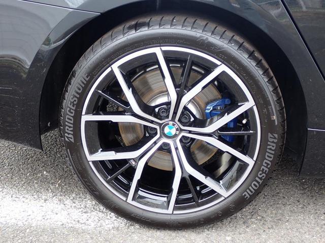 530e Mスポーツ エディションジョイ+ HUD 茶革電動 Mブレーキ 電動トランク 19インチAW シートヒータ ウッドP パーキングアシストプラス アンビエントライト Eドライブサービス TV ファンクション デモカー(5枚目)
