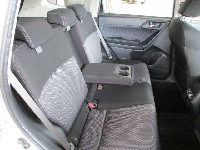2.0i-L アイサイト 4WD 安全装備装着車メモリーナビ(9枚目)