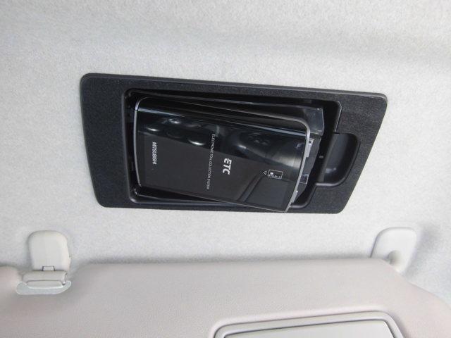 ETC車載器付きです。早朝・深夜割引など通行料金もお安くご利用頂けます。マイレージ登録などでポイントを貯めれば無料通行も可能になりますよ☆