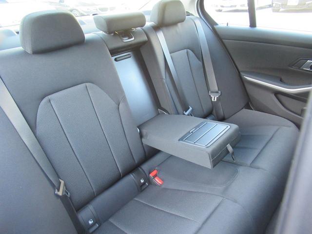 「BMW」「3シリーズ」「セダン」「兵庫県」の中古車63