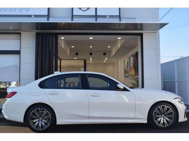 「BMW」「3シリーズ」「セダン」「兵庫県」の中古車9
