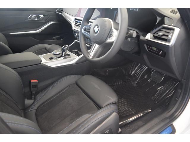 「BMW」「3シリーズ」「セダン」「兵庫県」の中古車15