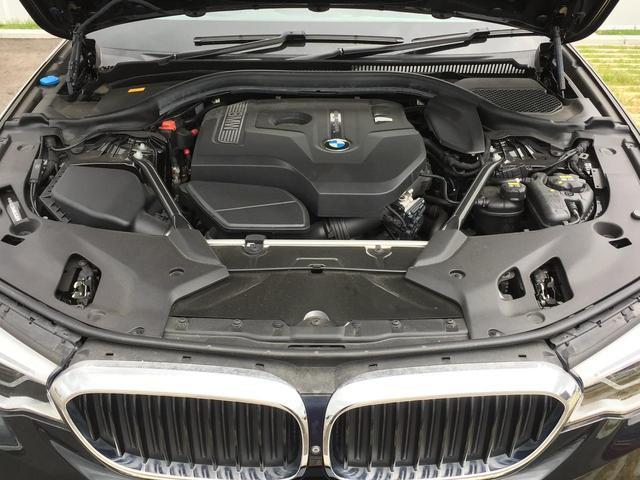 530iツーリング Mスポーツ 全周囲カメラ ブラックレザー デビューPKG 19インチアルミホイール 衝突被害軽減ブレーキ 地デジTV ブラックレザーシート シートヒーター アクティブクルーズコントロール 電動リアゲート(27枚目)