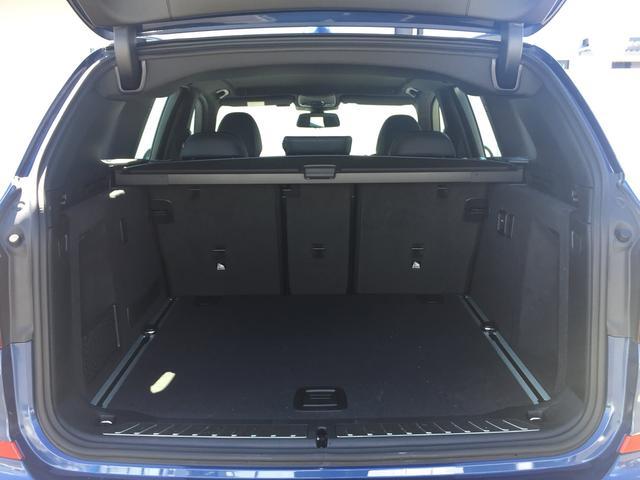 xDrive 20d Mスポーツ ヘッドアップディスプレイ タッチパネル式HDDナビ 全周囲カメラ 障害物センサー  衝突被害軽減ブレーキ シートヒーター スポーツシート 液晶メーター アクティブクルーズコントロール 純正19AW(17枚目)