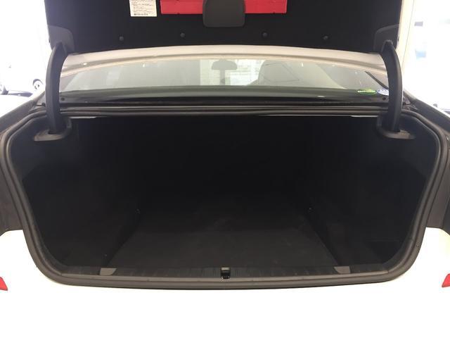 740i Mスポーツ ブラックレザーシート ガラスサンルーフ ヘッドアップディスプレイ アクティブクルーズコントロール 19インチアルミホイール マッサージ機能付パワーシート(18枚目)