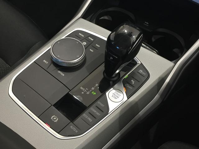 320d xDrive 弊社デモカー コンフォートアクセス シートヒーター 衝突被害軽減ブレーキ パーキングアシストアクティブクルーズコントロール 純正HDDナビ(59枚目)