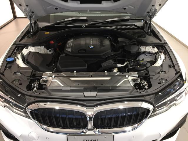 320d xDrive Mスポーツ デビューパッケージ 19インチアルミホイール ブラックレザーシート フロントシートヒーター 弊社デモカー車両 電動トランク(6枚目)