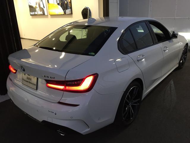 320d xDrive Mスポーツ デビューパッケージ 19インチアルミホイール ブラックレザーシート フロントシートヒーター 弊社デモカー車両 電動トランク(49枚目)